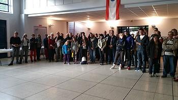 Bei der Ankunft im Salles des fêtes in Montmeyran.